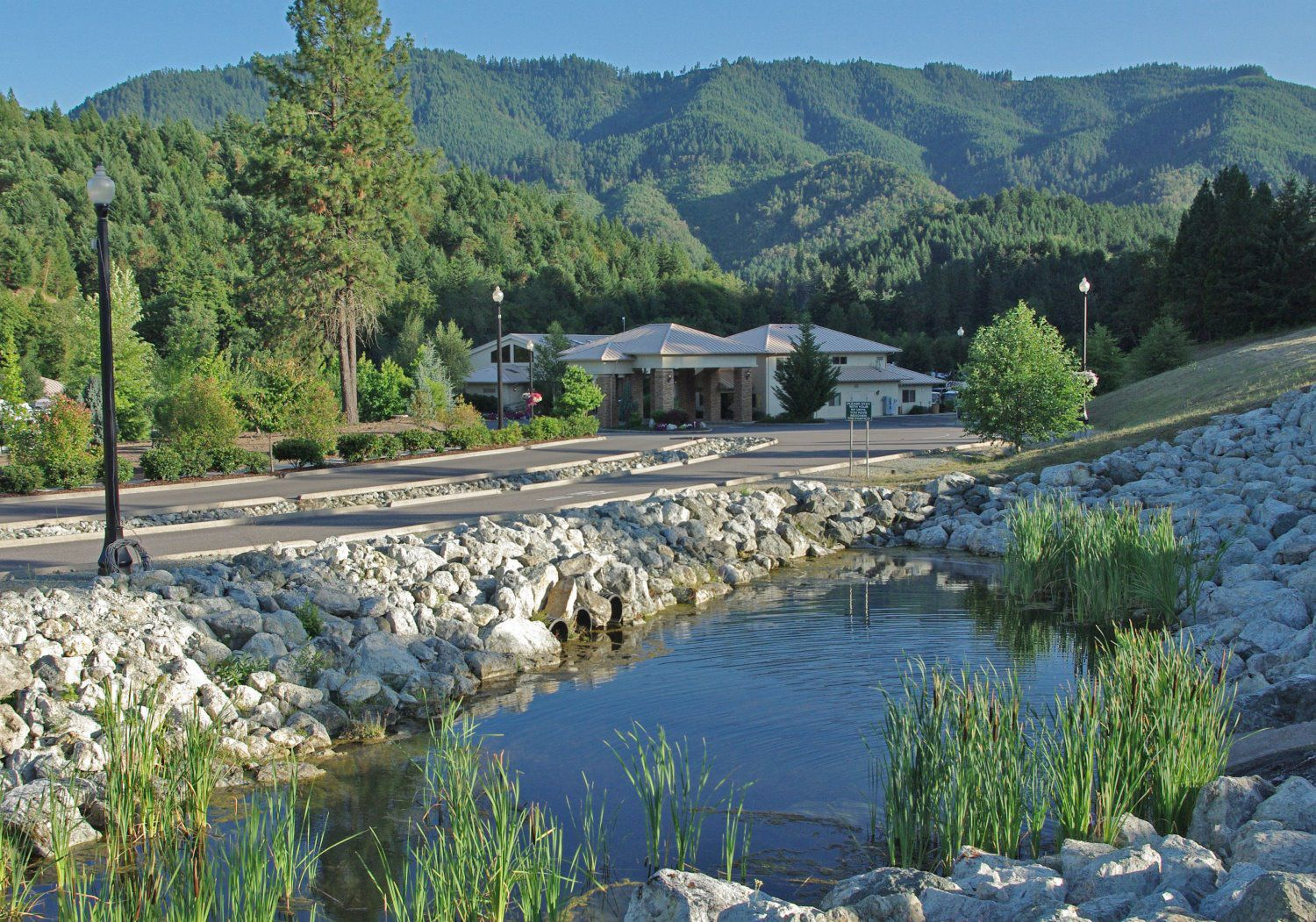 7 Feathers Rv Park