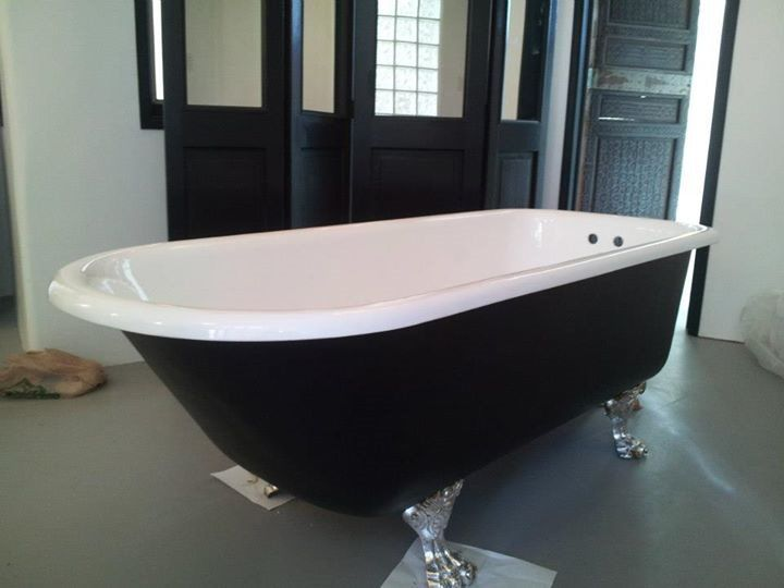 Bathroom Surfaces - Slik Finish Resurfacing