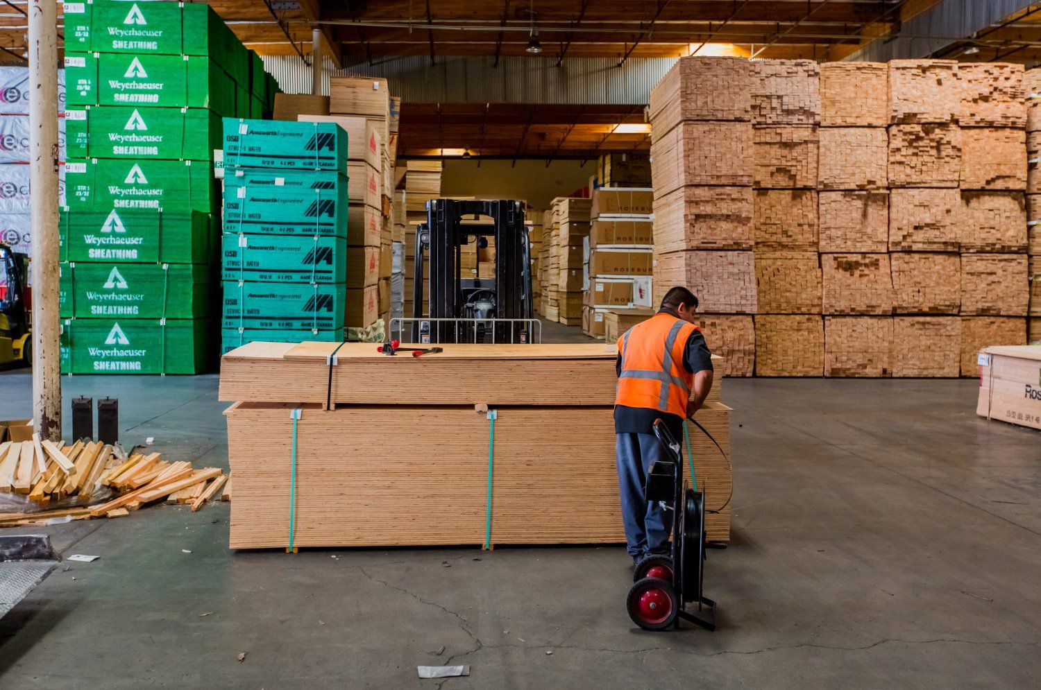 Wholesale Building Materials Distributor - Bear Forest Products