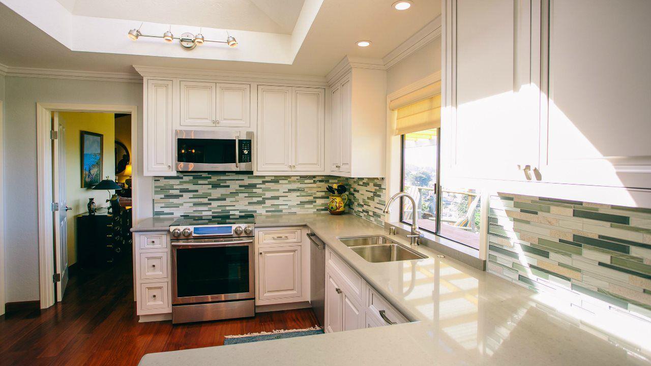 Custom Kitchen And Bathroom Design - Coastal Kitchen Design