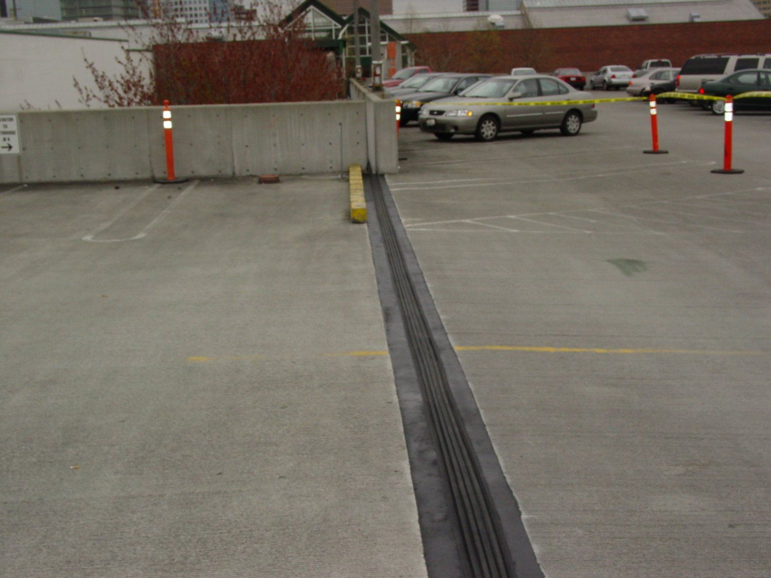 Expansion joints installation and repair contech services