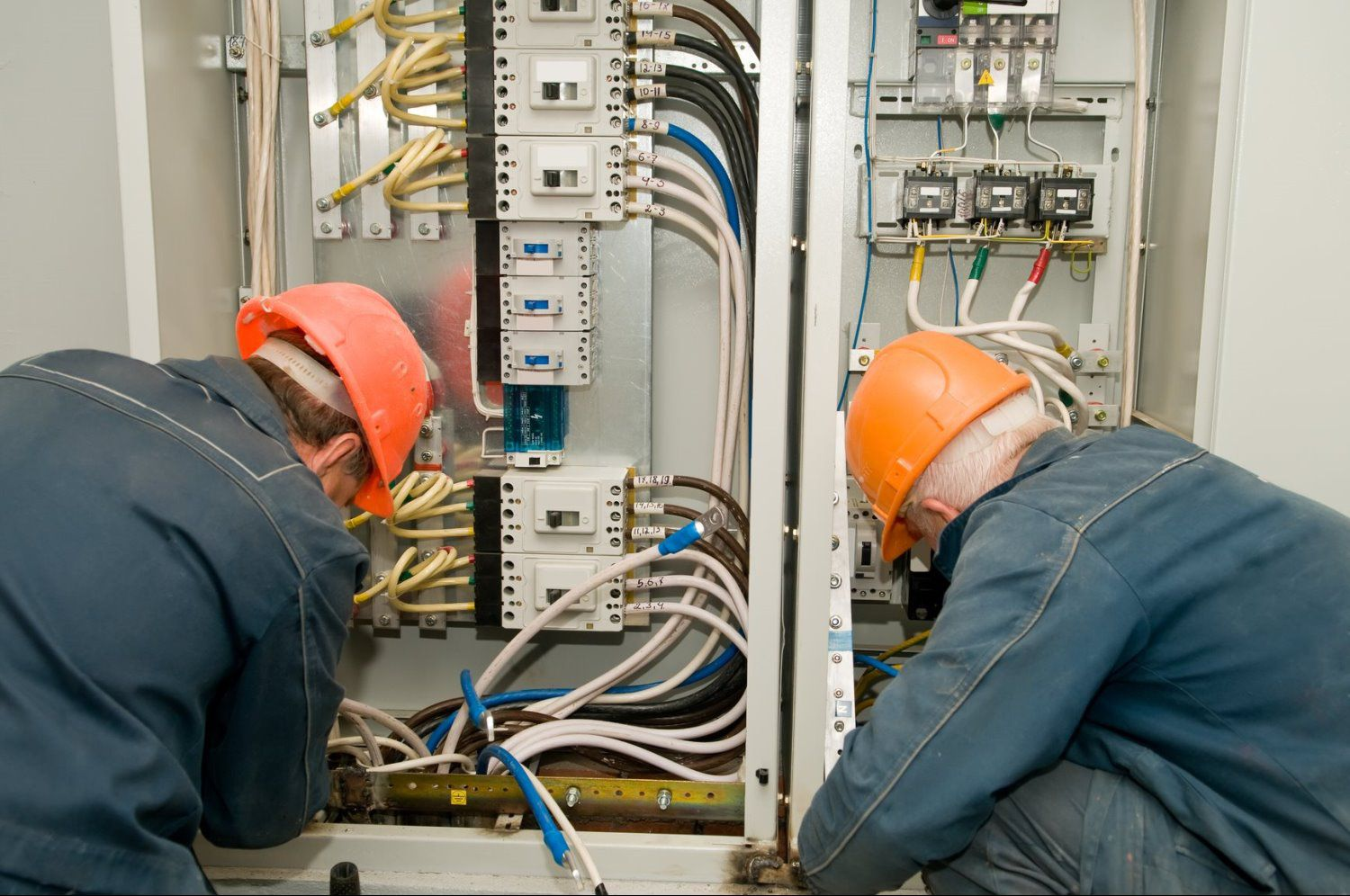 how electrical wiring works how image wiring diagram how house wiring works how auto wiring diagram schematic on how electrical wiring works
